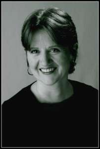 Leslie-Gould-pro-photo-3_1-202x300